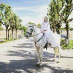 foto con sposa con cavallo bianco