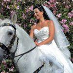 foto sposa matrimonio a cavallo